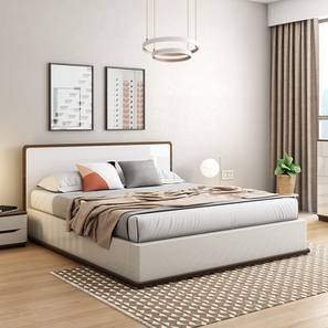 Baltoro High Gloss Hydraulic Storage White Bed (Queen Bed Size, White Finish) by Urban Ladder - - 155844