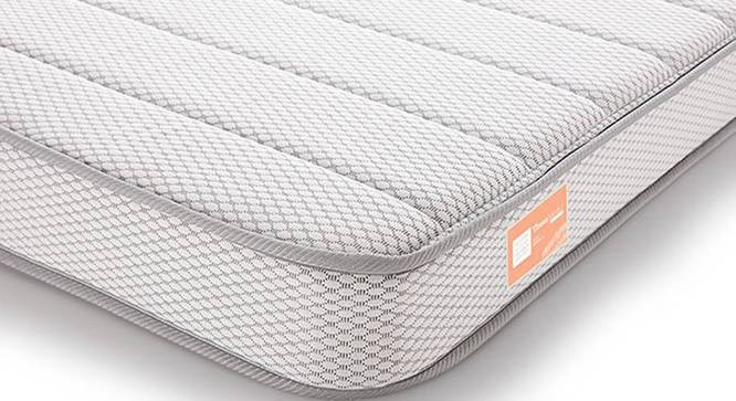 Theramedic Memory Foam Mattress with Temperature Control (Queen Mattress Type, 78 x 60 in (Standard) Mattress Size, 5 in Mattress Thickness (in Inches)) by Urban Ladder - - 190293