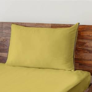 Serena 300 TC Sateen Bedsheet Set (Single Size, Solid Antique Moss) by Urban Ladder