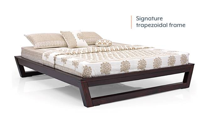 Caprica Bed (Mahogany Finish, Queen Bed Size) by Urban Ladder - Front View Design 1 - 232961