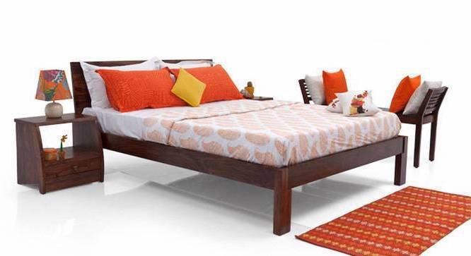 Boston Bed (Solid Wood) (Teak Finish, King Bed Size) by Urban Ladder - Design 1 Half View - 237718