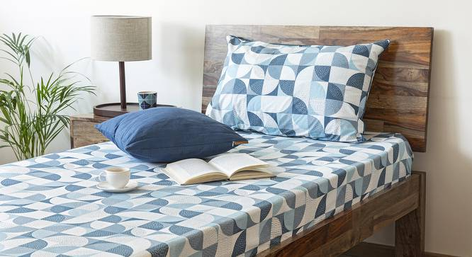 Colour Block Bedsheet Set (Blue, Single Size, Curves & Lines  Pattern) by Urban Ladder