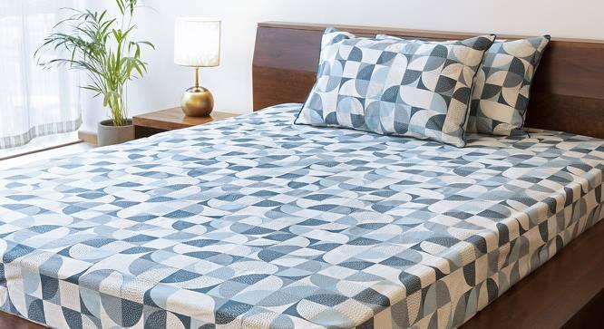 Colour Block Bedsheet Set (Blue, King Size, Curves & Lines  Pattern) by Urban Ladder