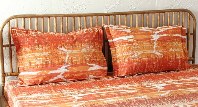 Betka Bedsheet Set (Orange, King Size) by Urban Ladder - Design 1 Full View - 301568