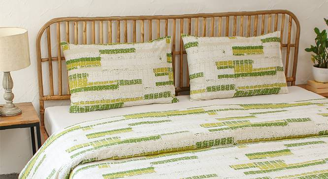 Glitch Duvet (Green, Double Size) by Urban Ladder - Design 1 Full View - 301920