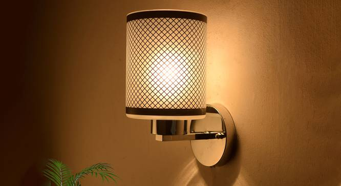 Alina Wall Light (Black) by Urban Ladder - Design 1 Half View - 302685