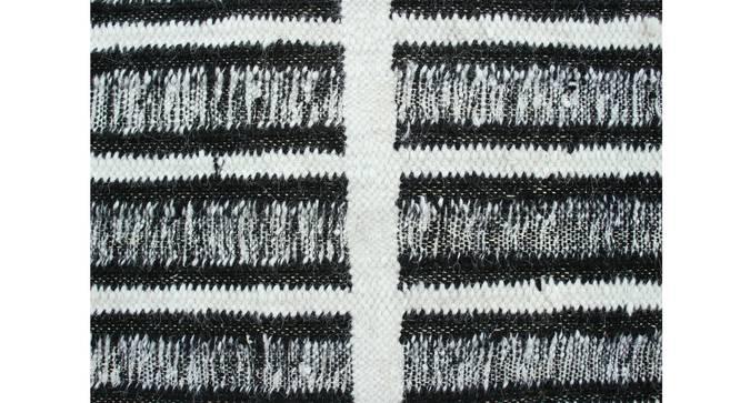 "Sketch Dhurrie (Black, 244 x 305 cm  (96"" x 120"") Carpet Size) by Urban Ladder - Design 1 Details - 304643"