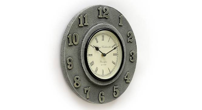 Claude  Wall Clock (Silver) by Urban Ladder - Design 1 Side View - 314339