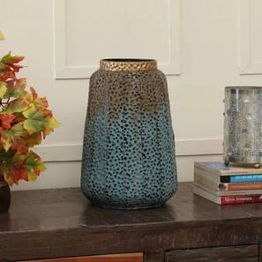Royale Square Vase (Table Vase Type) by Urban Ladder - Design 1 - 314569