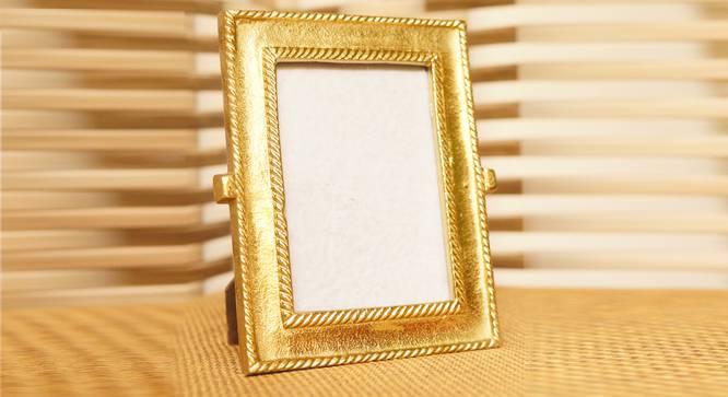 Sekani Photo Frame (Gold) by Urban Ladder - Design 1 Full View - 317632