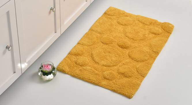Sherry Bath Mat (Yellow) by Urban Ladder - Front View Design 1 - 319909