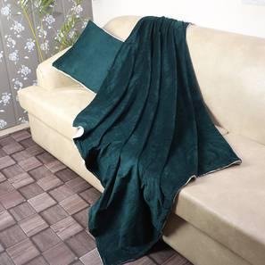 "Gwen Throw (Green, 61 x 61 cm  (24"" X 24"") Cushion Size) by Urban Ladder - Design 1 Full View - 322499"