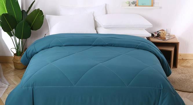 Beatrice Comforter (Teal, Solid Pattern) by Urban Ladder - Design 1 Details - 323346