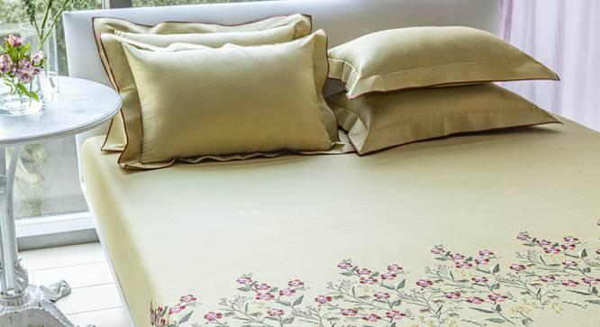 Agate Bedsheet Set (Gold, King Size) by Urban Ladder - Design 1 Full View - 332757