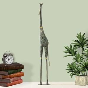 Brooks Figurine by Urban Ladder - Front View Design 1 - 338448