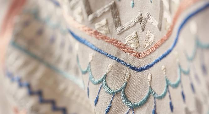 Lola Bedsheet Set (Brown, King Size) by Urban Ladder - Design 1 Close View - 339061