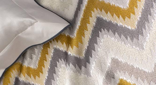 Ramona Bedsheet Set (Mustard, King Size) by Urban Ladder - Design 1 Close View - 339065