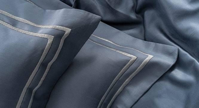 Mersana Bedsheet Set (Denim, King Size) by Urban Ladder - Design 1 Close View - 339070