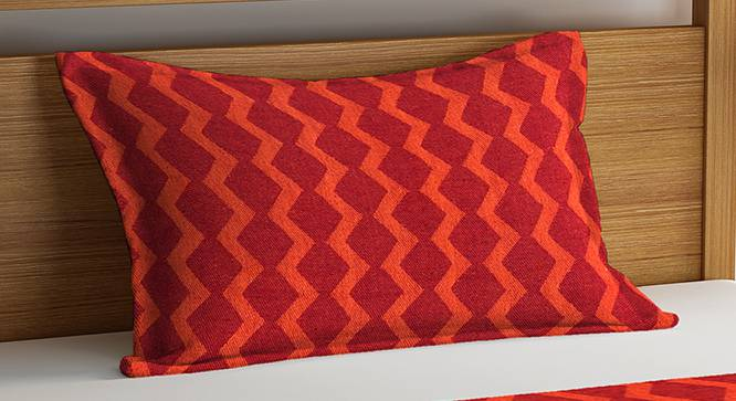 Aaron Bedcover (Red, Single Size) by Urban Ladder - Cross View Design 1 - 381946