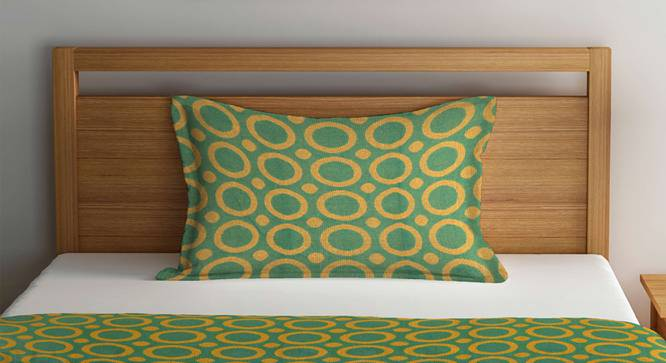 Everett Bedcover (Green, Single Size) by Urban Ladder - Front View Design 1 - 382304