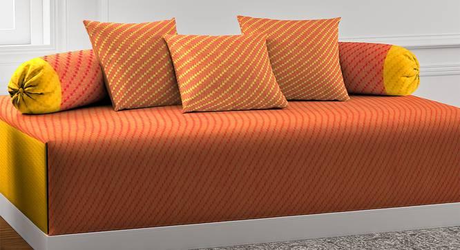 Zophia Diwan Set (Orange) by Urban Ladder - Front View Design 1 - 385063