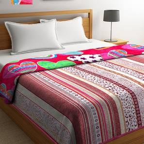 Gerardo Blanket (Pink) by Urban Ladder - Front View Design 1 - 407101