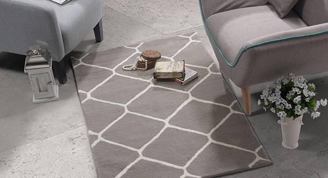 "Virginia Hand Tufted Carpet (Grey, 48"" x 72"" Carpet Size) by Urban Ladder"